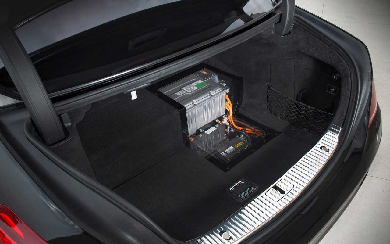Ml 350 2014 2017 2018 best cars reviews for Mercedes benz gl450 battery location